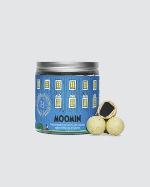 Moomin House - Swedish liquorice with white chocolate, cookie crumbs and strawberries